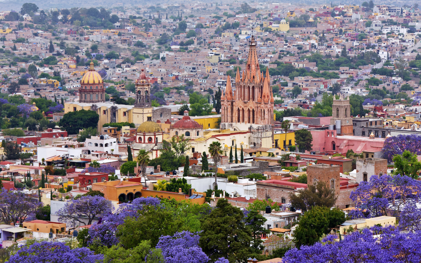 Worlds-Best-Cities-San-Miguel-de-Allende-WBCITY0516